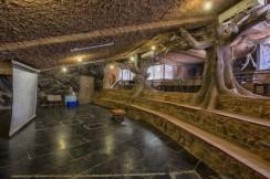 cave-resort-india-1