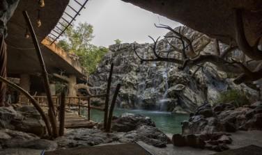 cave-resort-india-5
